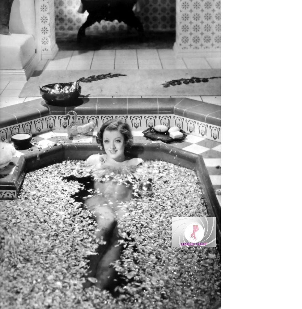 Detalles acerca de Myrna Loy desnuda reproducción de laboratorio de baño 8 X 10 el bárbaro negro blanco pétalos de rosa- mostrar título original #hollywoodicons