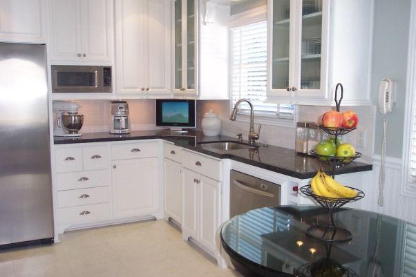 1940 u0027s cottage kitchen   kitchen designs   decorating ideas   hgtv rate my space 1940 u0027s cottage kitchen   kitchen designs   decorating ideas   hgtv      rh   pinterest co uk