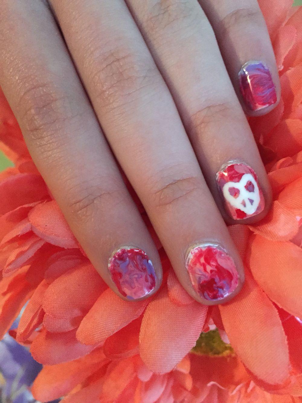 Hippie valentine nails