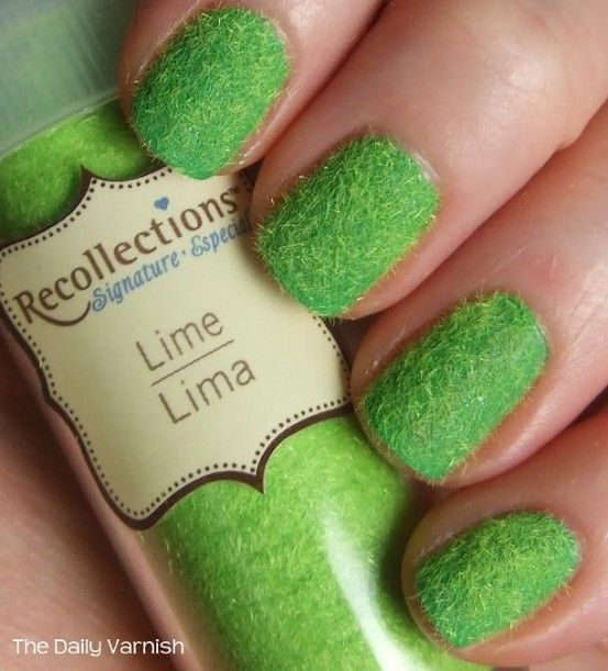 Beauty: Velvet Manicure..this looks cool | Nail art | Pinterest
