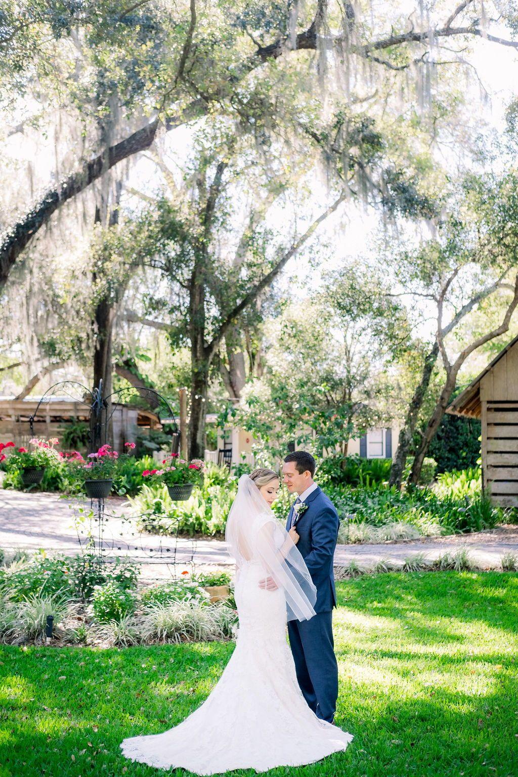12950 East Wheeler Road Dover Fl 33527 Usa Wedding Venues Elegant Wedding Wedding