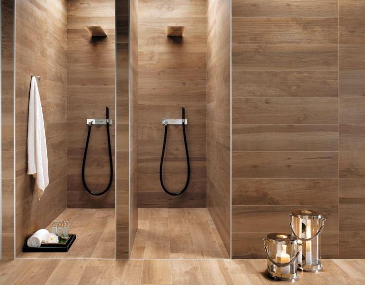 Salle de bains moderne avec deux cabines de douche et carrelage aspect bois - Cabine de douche avec musique ...