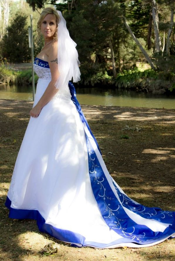 White And Royal Blue Wedding Dress For Capriess