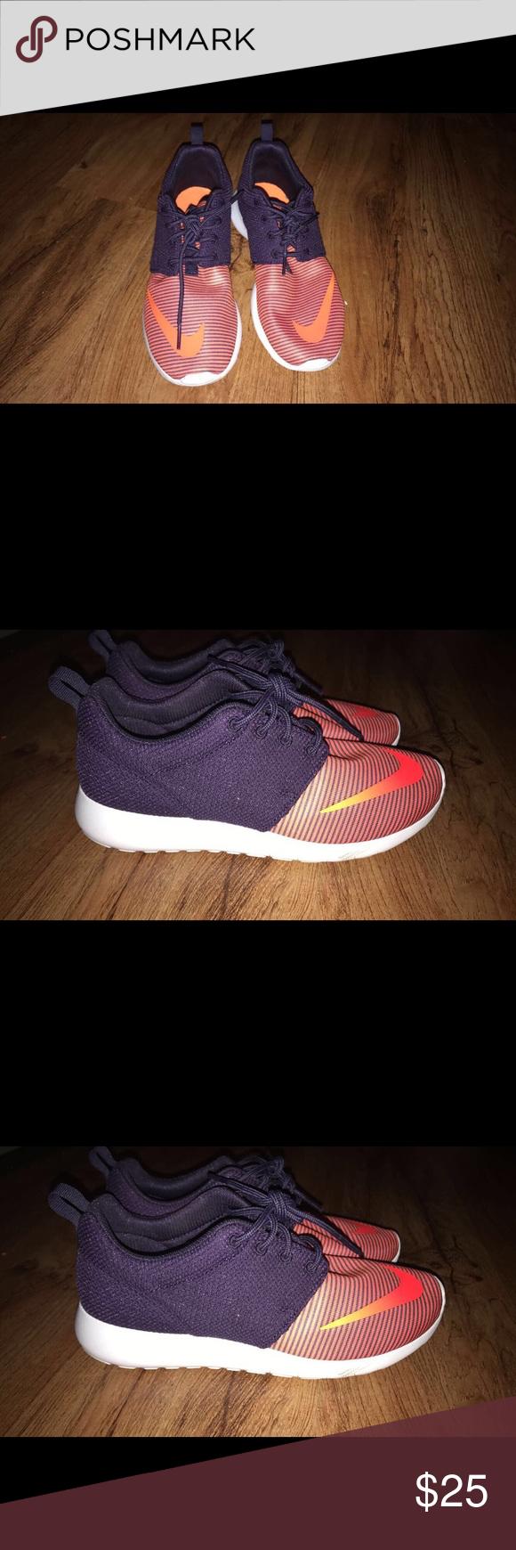 Nike roshe run size 5.5 youth | Nike