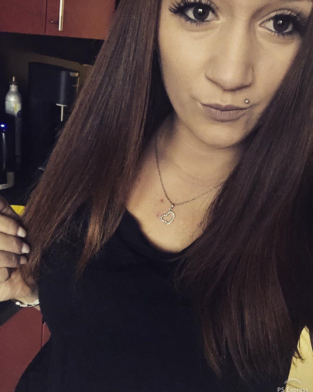 Czechgirl Czech Girl Brownhair Brunette Piercing Tattoogirl