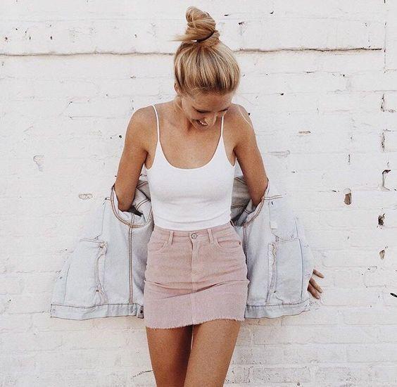 Blush pink denim skirt! What a cute OOTD  4738274fbf42