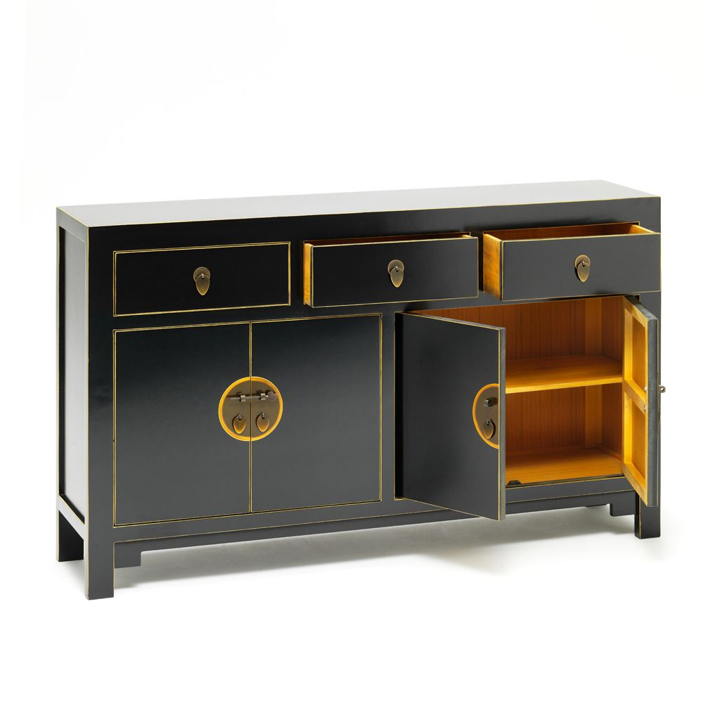 Built using local Chinese polar wood, this black lacquered ...