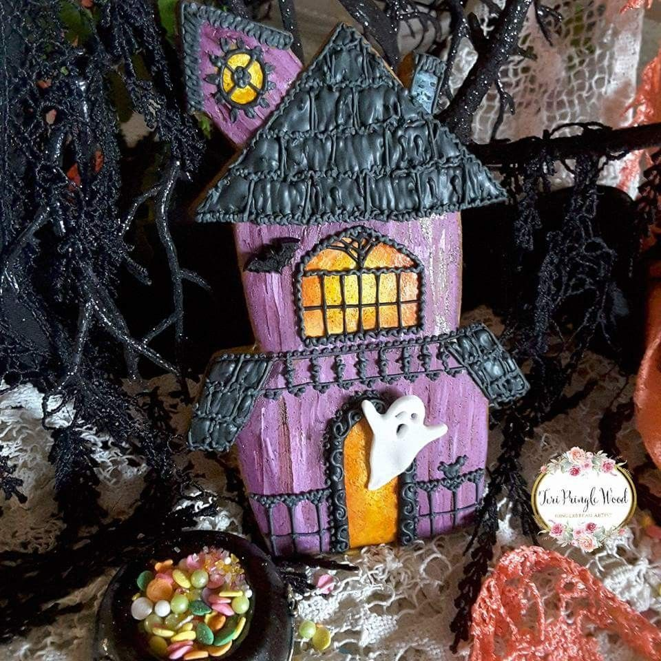 Haunted House Cookie Halloween Cakes, Cupcakes and Cookies - halloween houses decorated