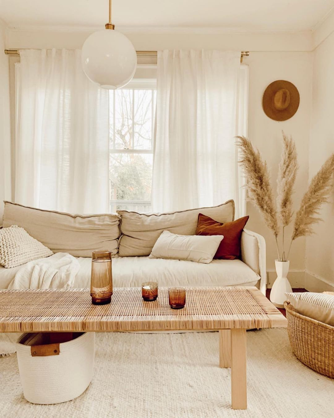 Dreamy Interiors Via Ezzwilson Follow Our Pinterest Page