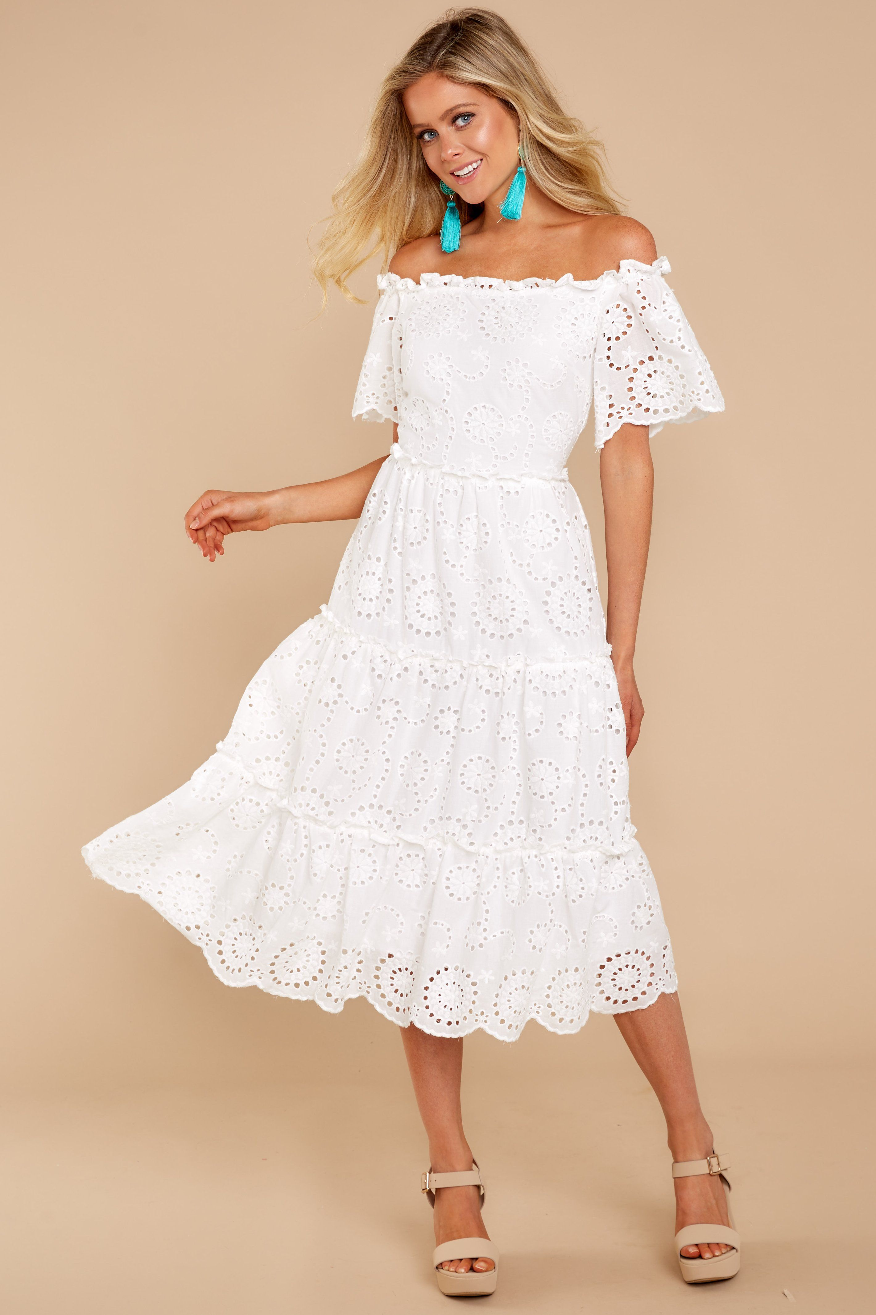Chic White Eyelet Dress Trendy Eyelet Dress Dress 64 00 Red Dress Boutique White Eyelet Dress White Boho Dress White Lace Dress Boho [ 4260 x 2840 Pixel ]