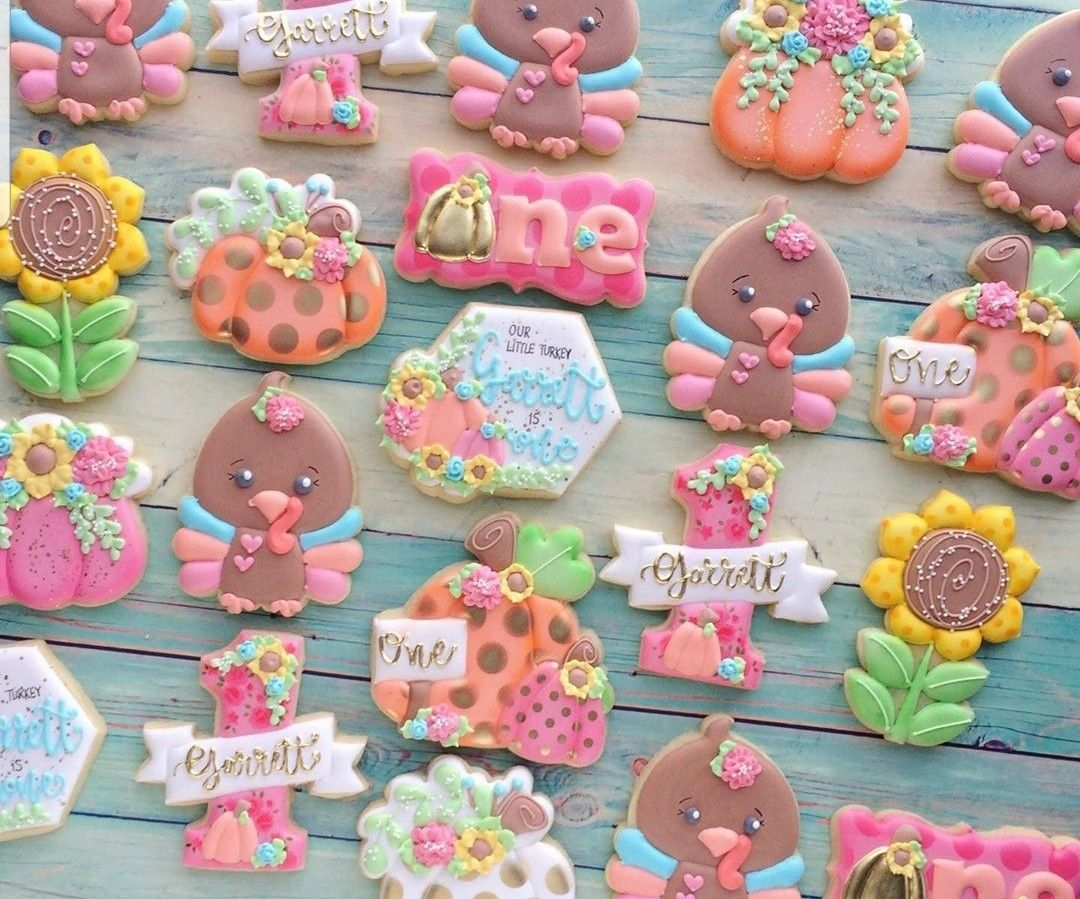 Pin by Wood on Fall/Thanksgiving Theme Cookie decorating