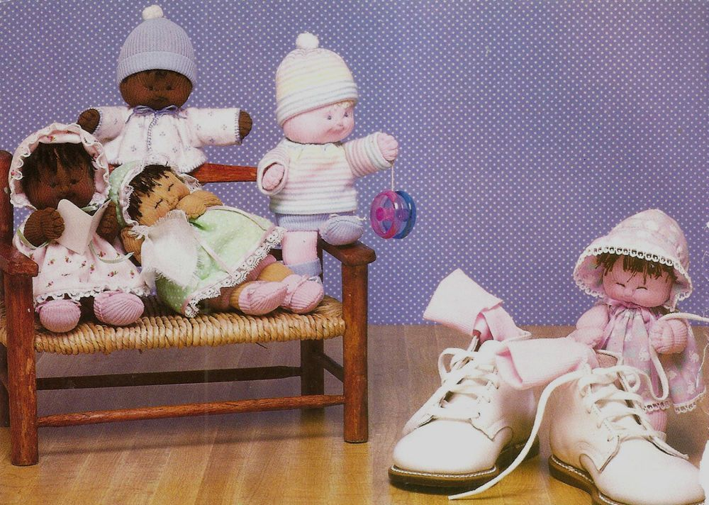 FOLK-ART TRADITIONAL SOCK BABIES  - VINTAGE SEWING PATTERNS