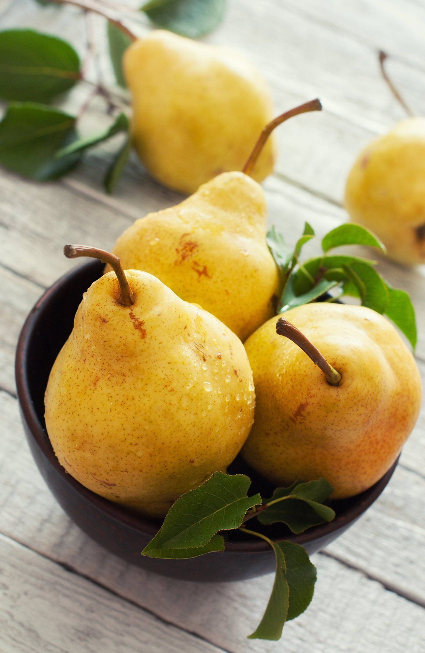 The Best Way To Choose Store And Ripen Pears With Images How To Ripen Pears Pear Fruit