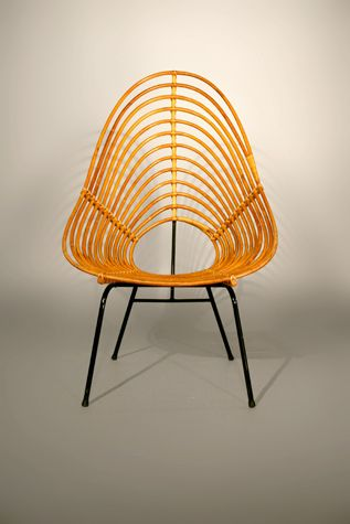 Dirk van Sliedrecht; Enameled Metal and Rattan Lounge Chair for Rohe Noordwolde, c1960.