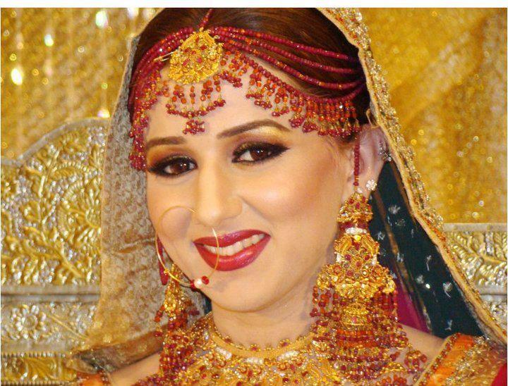 Mehndi Bridal With Matha Patti : Afghani matha patti online in pakistan pakistani artificial
