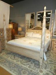 Price: $584.99 Item #: 136823 A king size 4 poster bed from Lexington that offers a new perspective on sophisticated casual. The bed is finished in a cream crackle for a textured and casual appeal, the 4 posts have engraved acanthus leaves spiraling upwards, and the headboard has framed metal acanthus leaves continuing a rich look.
