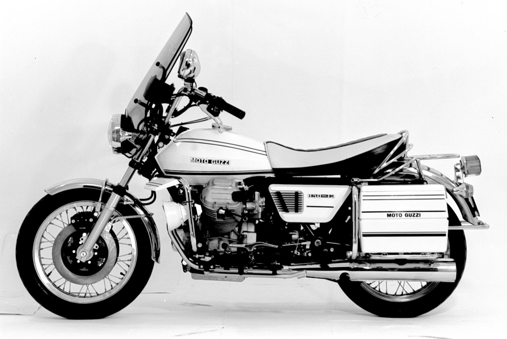 moto guzzi 850 t3 california police 1975 1980 vintage. Black Bedroom Furniture Sets. Home Design Ideas