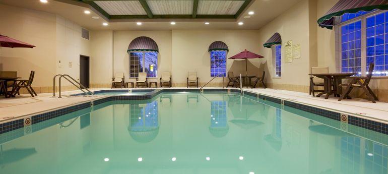 Oshkosh Hotel Deals Birthday Party Package At Holiday Inn