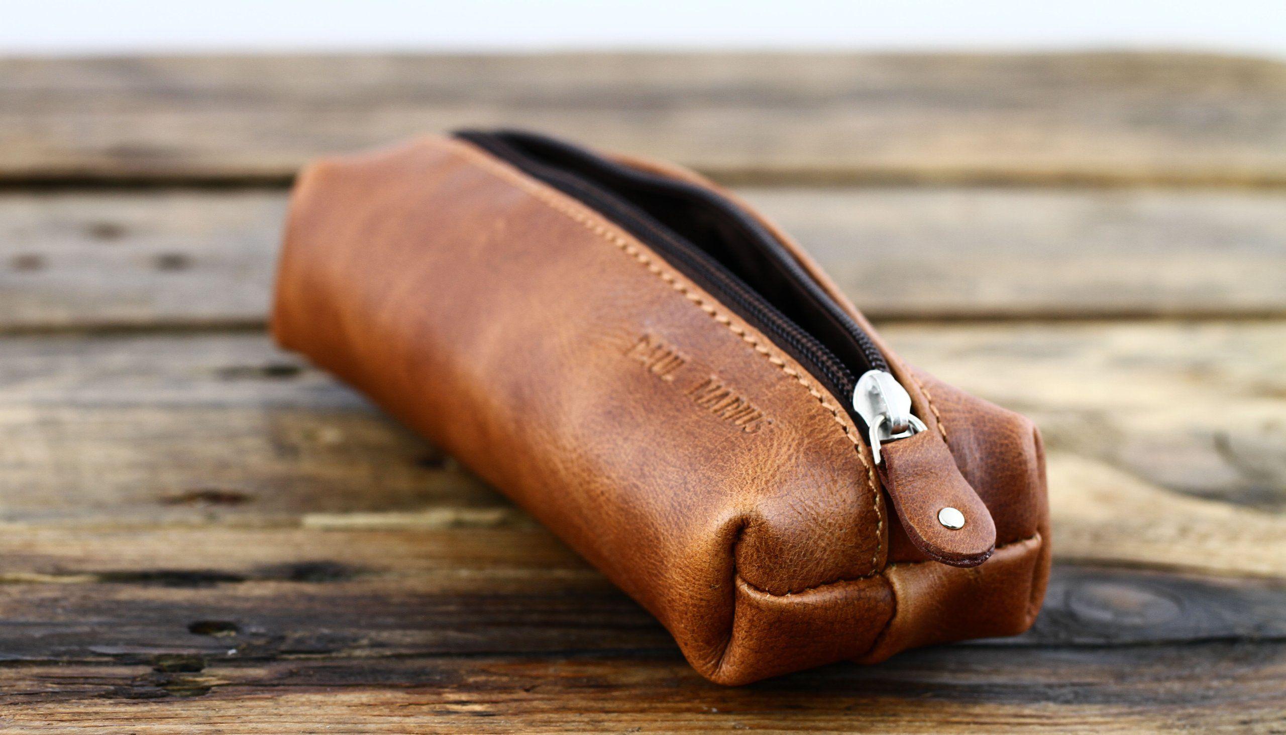 Paul Marius Vintage Leather Pencil Case With Zipper Le Plumier De Marius Amazon Co Uk Clothing Trousse Cuir Produits En Cuir Cuir