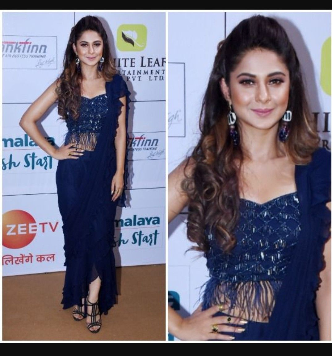 Stunning Jennifer Winget Gold Awards 2018 Saree Designs Party Wear Stylish Party Dresses Heavy Dresses