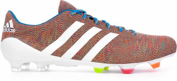 pretty nice fffe1 a6220 Las nuevas botas Adidas de Luis Suárez  Samba primeknit   Futbol de Primera