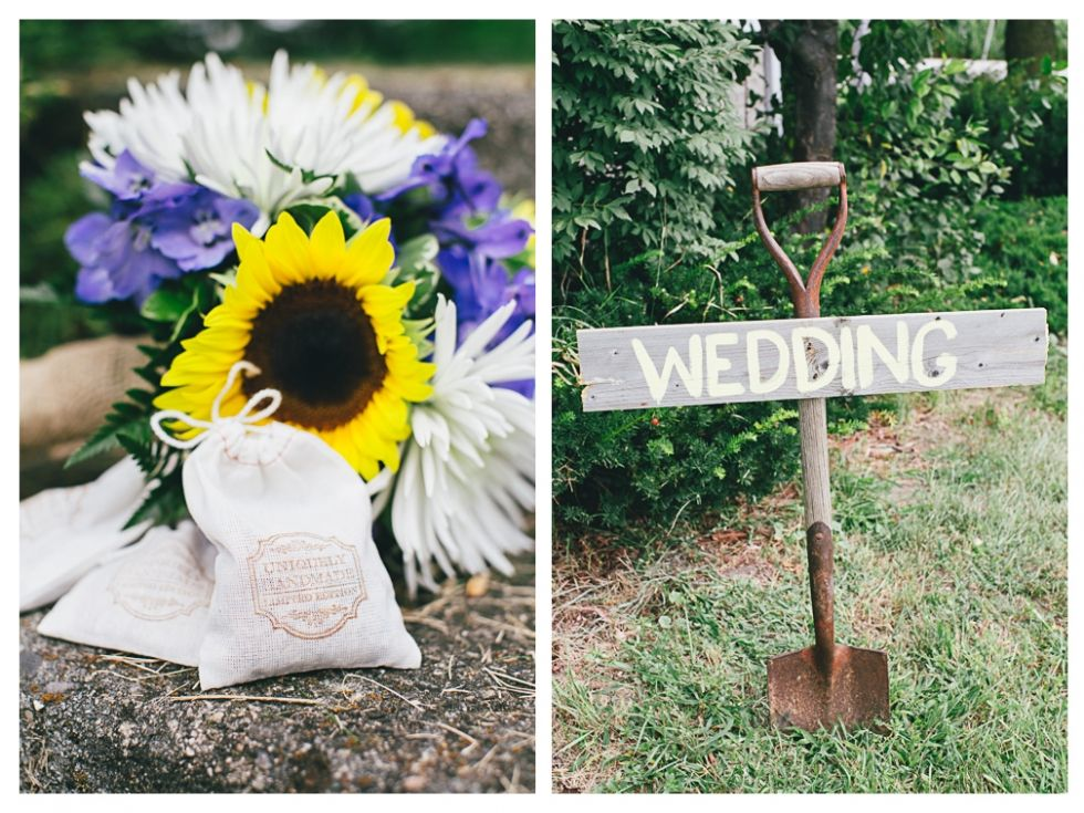 Kristen Ryan S Country Inspired Wedding The Whole Was Decorated With Old Cider Jugs