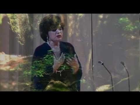 Casta Diva - Maria Biesu - great lirico-spinto soprano!  - multi-subtitles