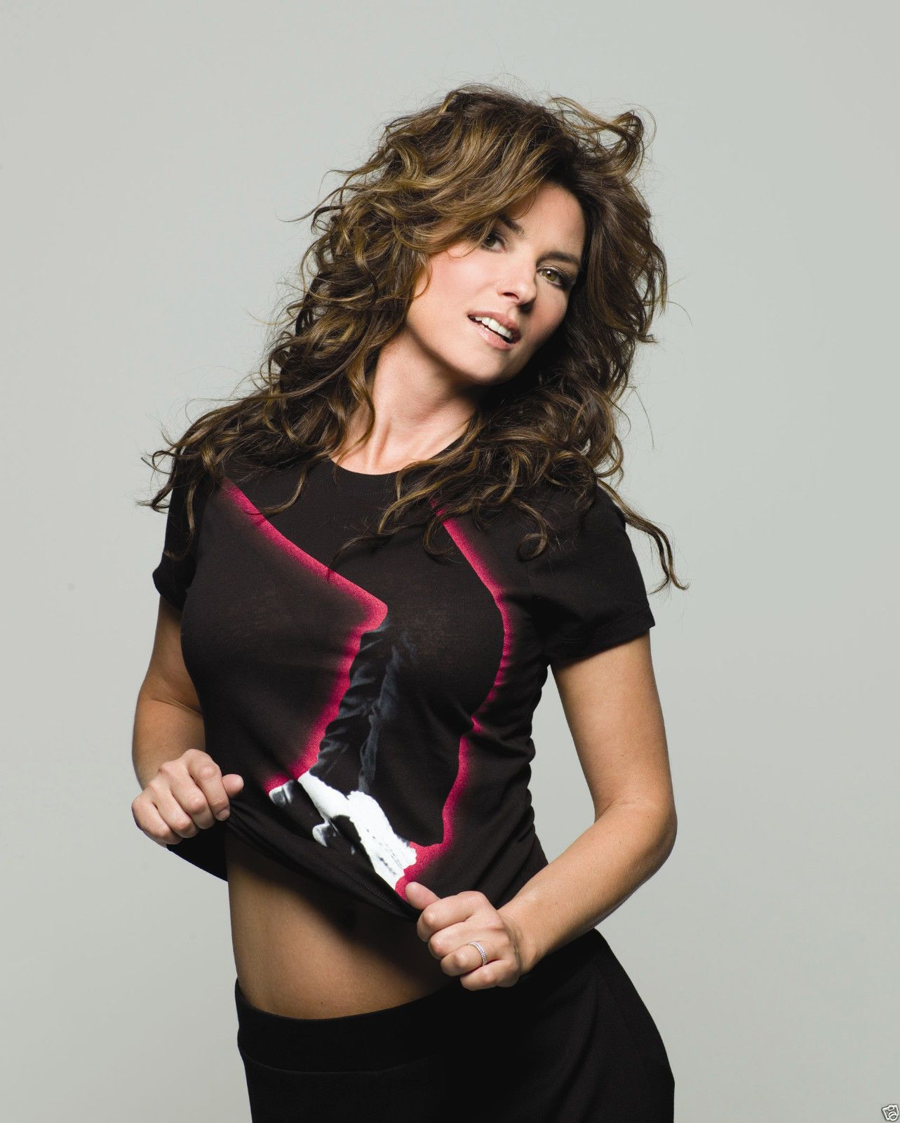 Shania Twain Queen Of Pop Country Music During The 1990 S And Into The Early 2000 S Shania Twain Shania Twain Pictures Country Music