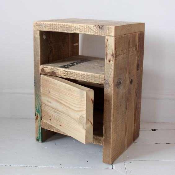 Diy Up Cycling Project How To Make Your Own Bedside Tables Diy Furniture Bedroom Reclaimed Wood Bedside Table Rustic Bedside Table