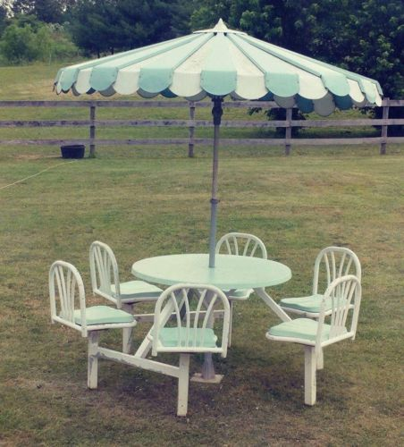 Vintage Patio Table With Umbrella On Ebay This Is So Cute