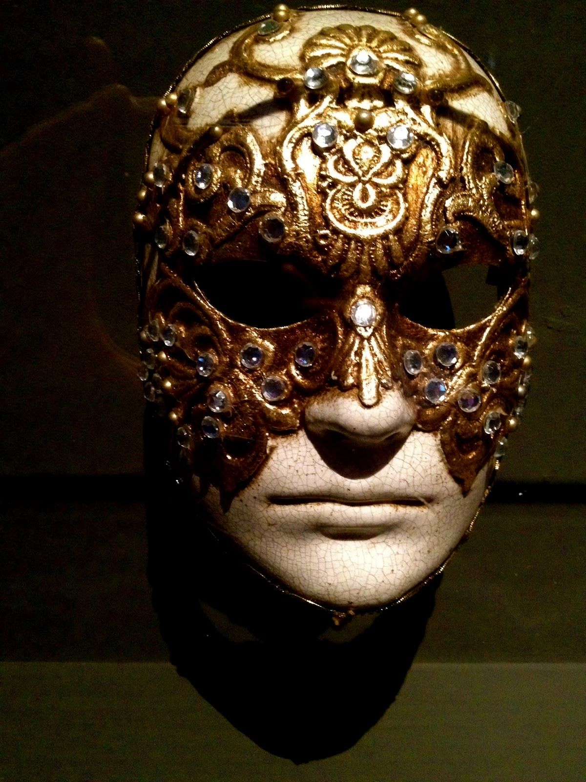Eyes Wide Shut - Tom's mask. | Style Inspiration | Pinterest ...