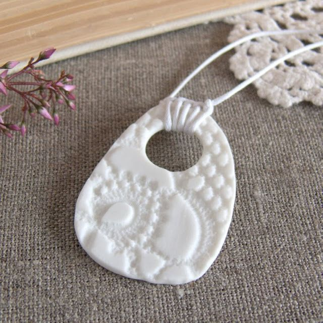 Ceramics by Kim Wallace - the tranquility and simplicity of textured porcelain white