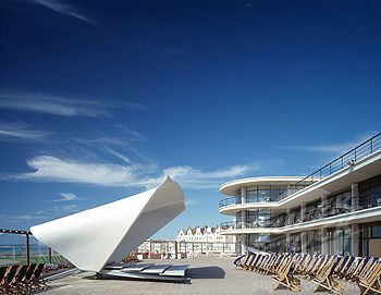 Bandstand De La Warr Pavilion, Bexhill on Sea, United Kingdom, Niall McLaughlin Architects, Bandstand de la warr pavilion bandstand side view. Stock Photo 1801-42448 : Superstock