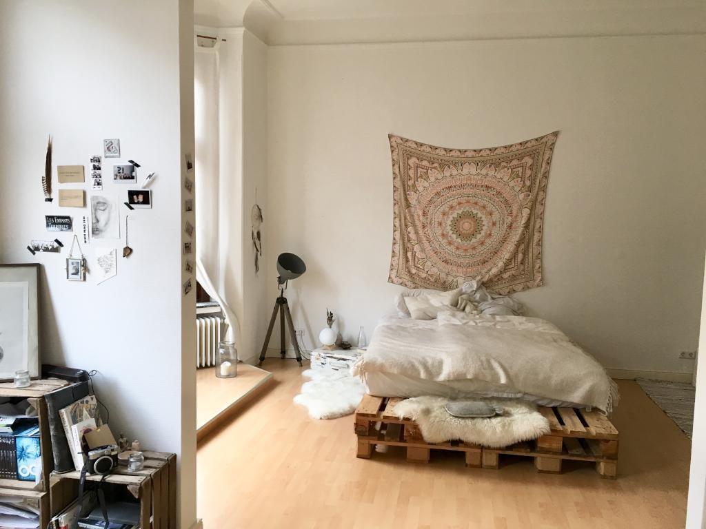 DIY-Ideen aus Paletten: Palettenbett! #WGZimmer #Schlafzimmer ...