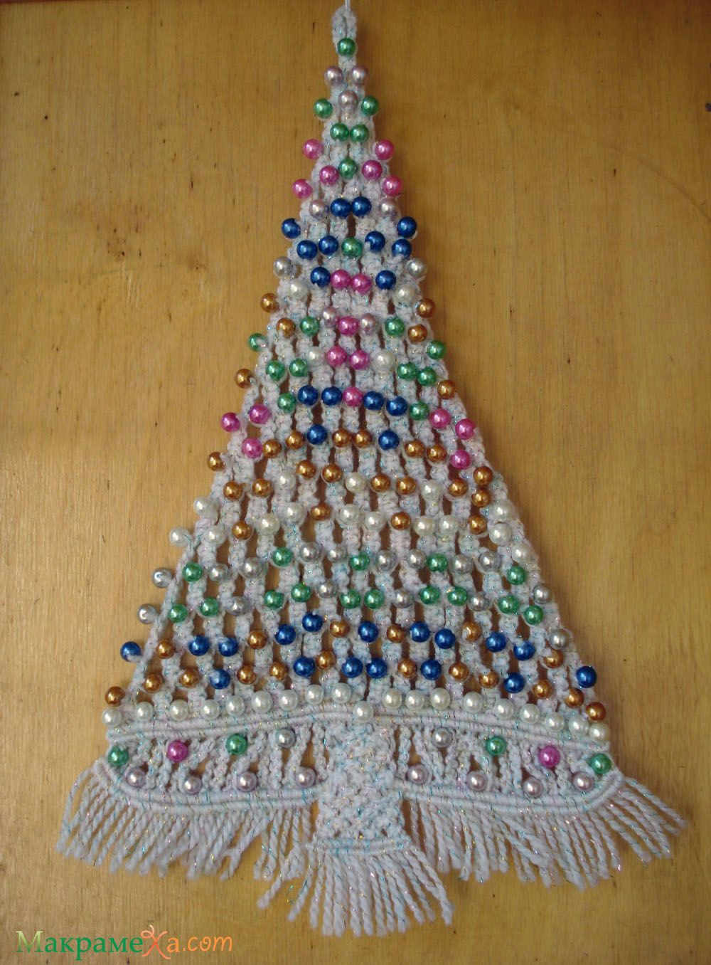 Hanging Christmas Decorations Wall.Macrame Christmas Tree Ornament Wall Hanger Step By Step