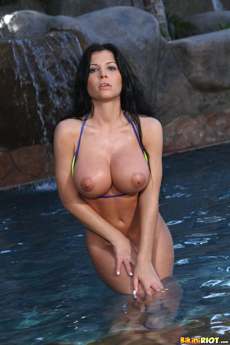 Sexy baseball moms nude