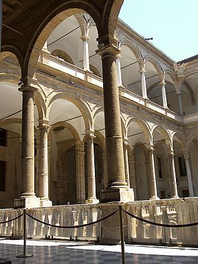 Palermo Normans Palace court arcs free photo. Sicily, Italy