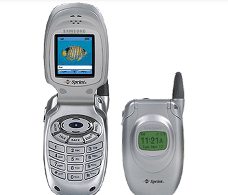A Look At Samsung S Handset Evolution Through The Ages Flip Phones Old Cell Phones Classic Phones