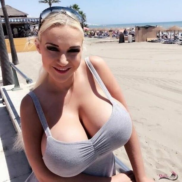 r/cleavage: Amateur, models, self POV, it doesn't matter. We love Cleavage  This is not a