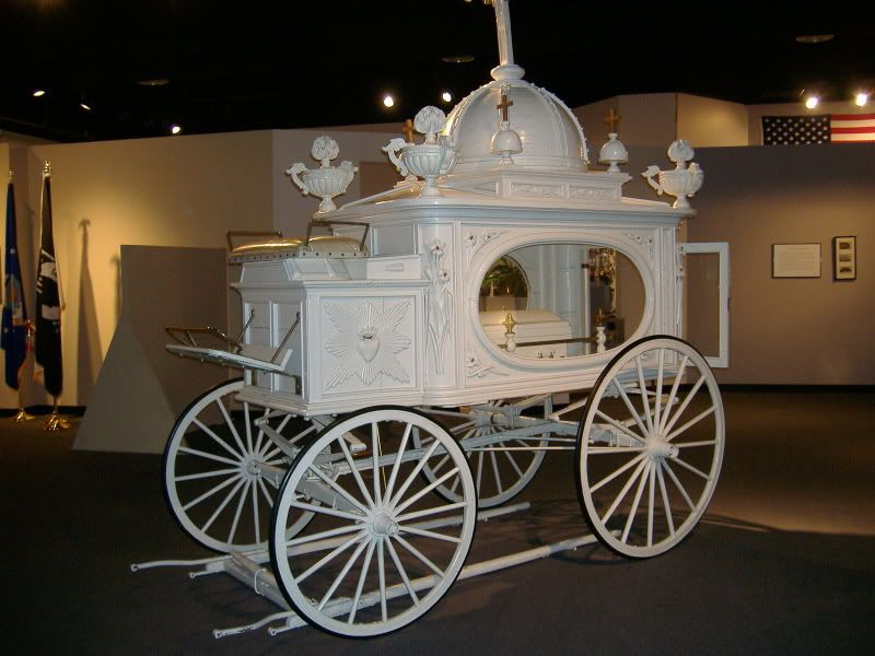 hultgren funeral home in wheaton illinois