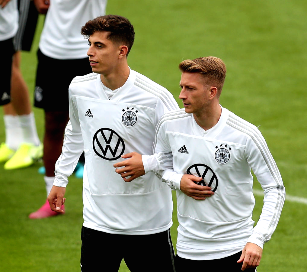 "lukajovicc: ""Marco Reus and Kai Havertz during Germany NT's"