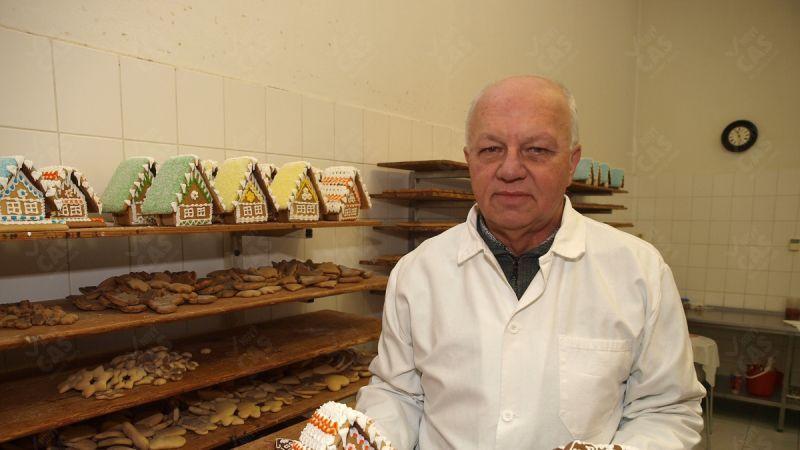 Rodina Jozefa Hauríka (60) z Kremnice pečie | Nový Čas