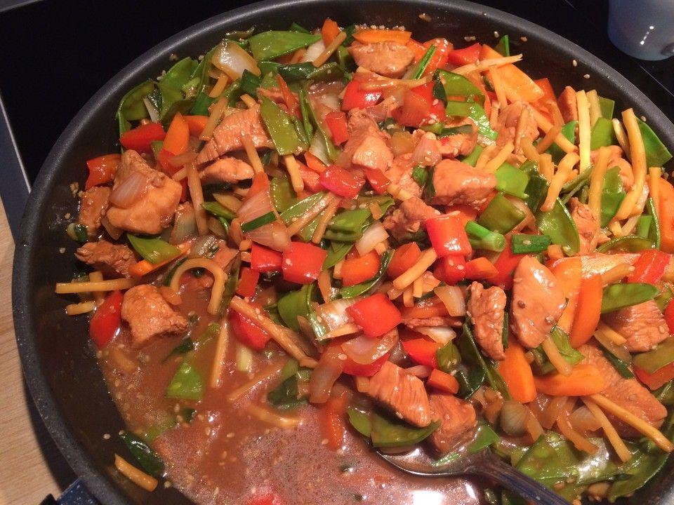 Hähnchen in Honig-Sesam Sauce und Gemüse   Rezept ...