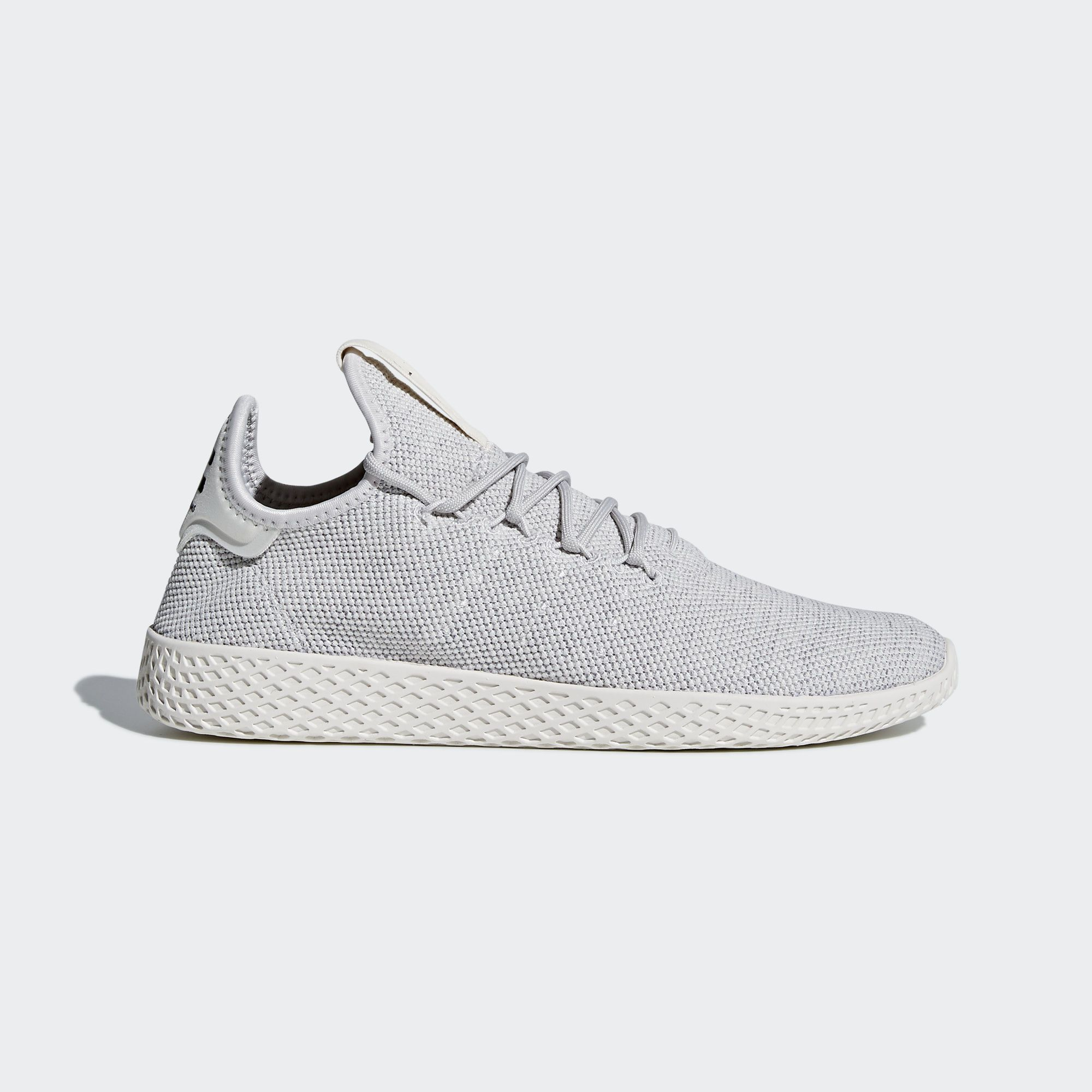 Pharrell Williams Work In Music Film And Fashion Blurs Boundaries To Unite Different Elements The Williams Tennis Adidas Pharrell Williams Pharrell Williams