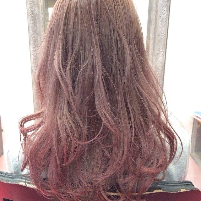 ピンクの甘さ ラベンダーのアンニュイで儚い雰囲気が合わさった春に
