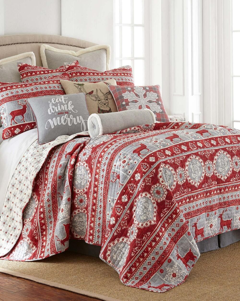Best Balthazar Holiday Luxury Quilt Collection Quilts Bedding 640 x 480