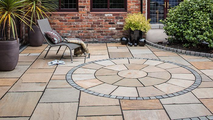Lovely Fairstone Paving Circles   Golden Sand Multi