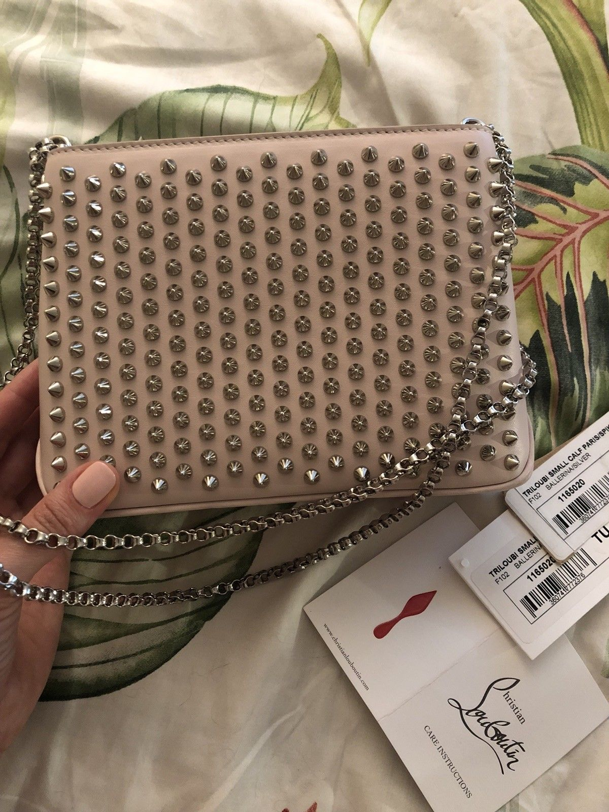 9c1471bfaa5 Pin by fashion shoes bag store on Christian Louboutin bags | Pink ...