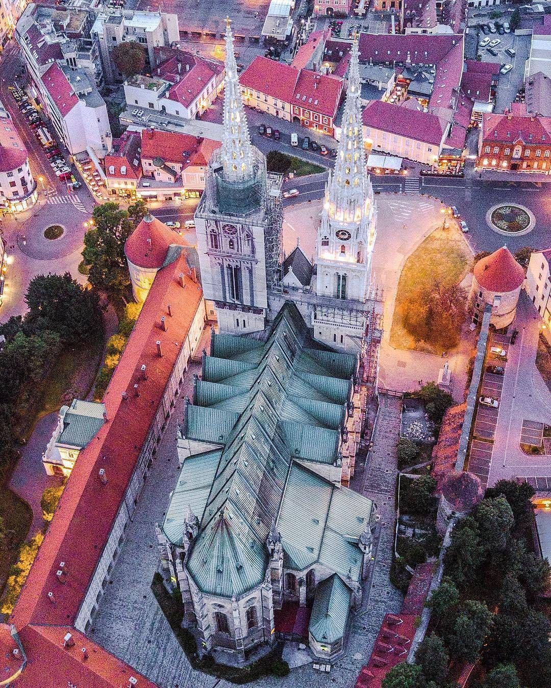 13 1k Likes 83 Comments Croatia Full Of Life Croatiafulloflife On Instagram Magical Zagreb By Crayban The Cathed Zagreb Croatia Croatia Hotels