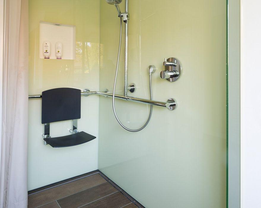 behindertengerechte dusche Dusche, Behindertengerechtes